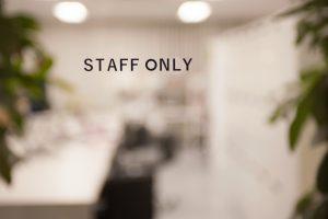 staff_omly